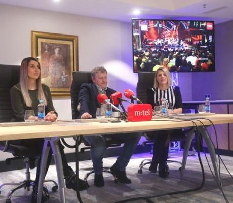 """STIŽU KRALJEVI ROMSKE RAPSODIJE """"Džipsi Kingsi"""" spremni za koncert u Banjaluci"""