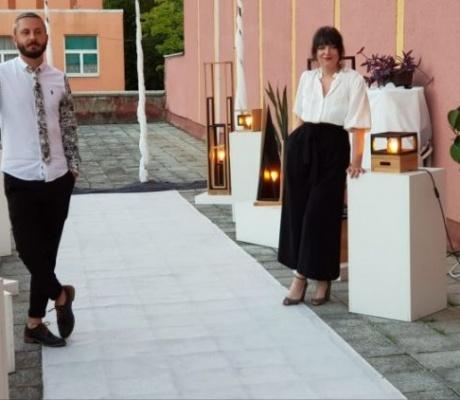"""DOBOJ: Otvorena izložba dizajnerskih lampi """"Linija svjetlosti"""" (FOTO)"""