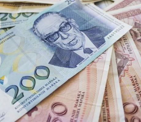 Prosečna novembarska plata u BiH 483 evra, evo ko najmanje zarađuje