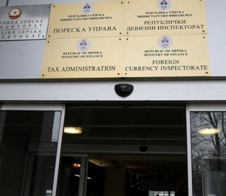 GOMILAJU SE MILIONSKI DUGOVI JAVNIH PREDUZEĆA I BOLNICA: Vlada kao najgori poslodavac u RS