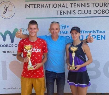 """DOBOJ: Andrej Nedić i Suana Tucaković pobjednici """"ITF juniors J5"""""""